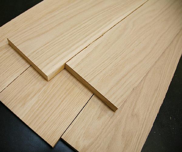 Gỗ sồi trắng với vân gỗ dọc(skyhome.vn)