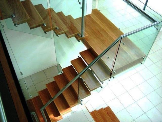 cầu thang kính đẹp - mẫu số 5