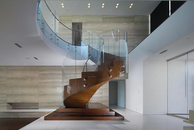 Cầu thang kính đẹp - mẫu số 3