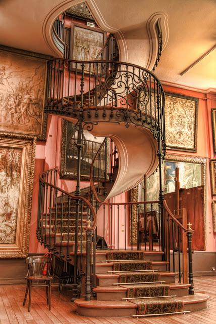 cầu thang nghệ thuật - mẫu số 5