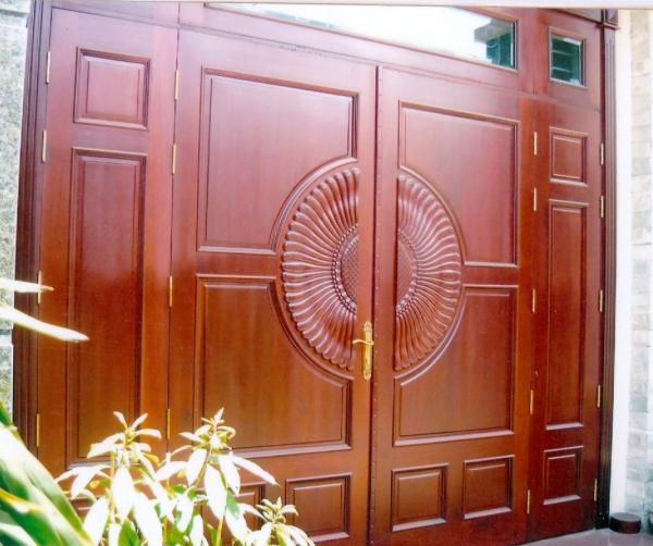 cửa gỗ gõ đỏ - mẫu 5