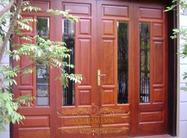 cửa gỗ đẹp với bản lề thủy lực