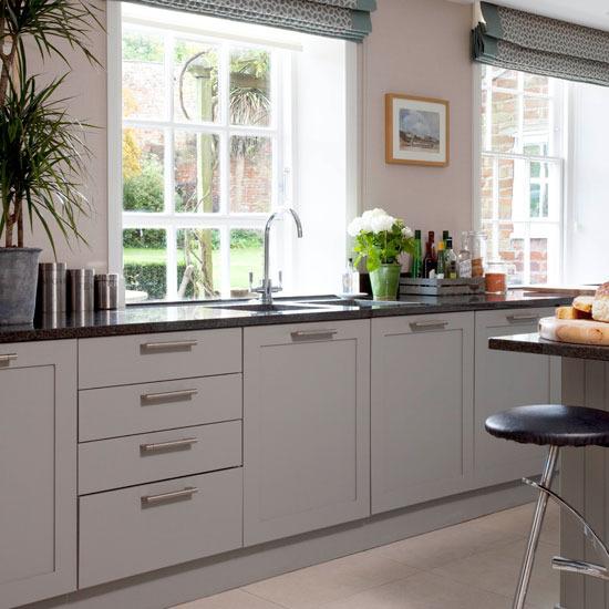 Cửa sổ trong nhà bếp