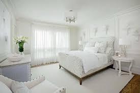 phòng ngủ gam màu trắng