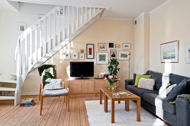 Phòng khách có cầu thang - mẫu 3