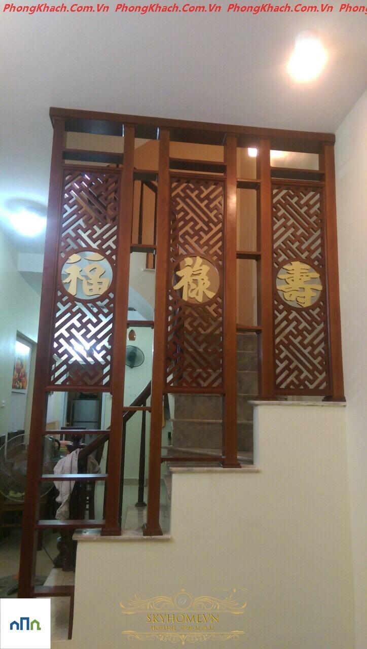 trang trí vách cầu thang