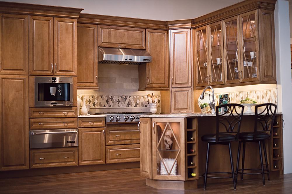 tủ bếp gỗ giáng hương- mấu số 2