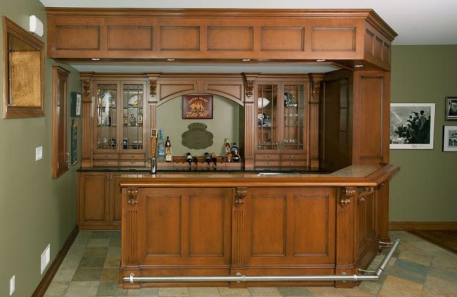tủ bếp gỗ giáng hương- mấu số 3