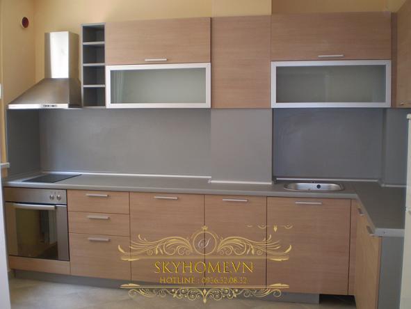 tủ bếp gỗ veneer- mẫu số 2
